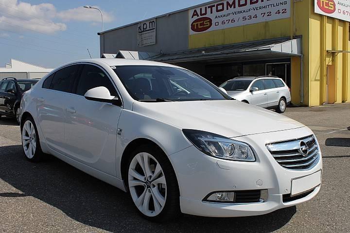 Opel Insignia bei HWS || TCS Scharnagl in